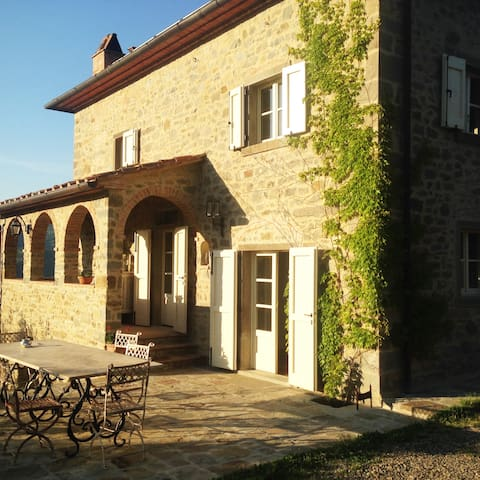 wunderbares Landhaus in Alleinlage mit Pool - Province of Arezzo - House