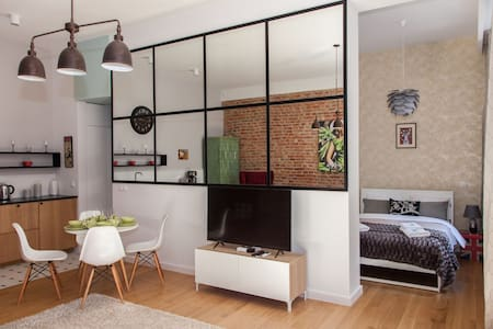 BC7 Apartaments Deluxe No. 4A