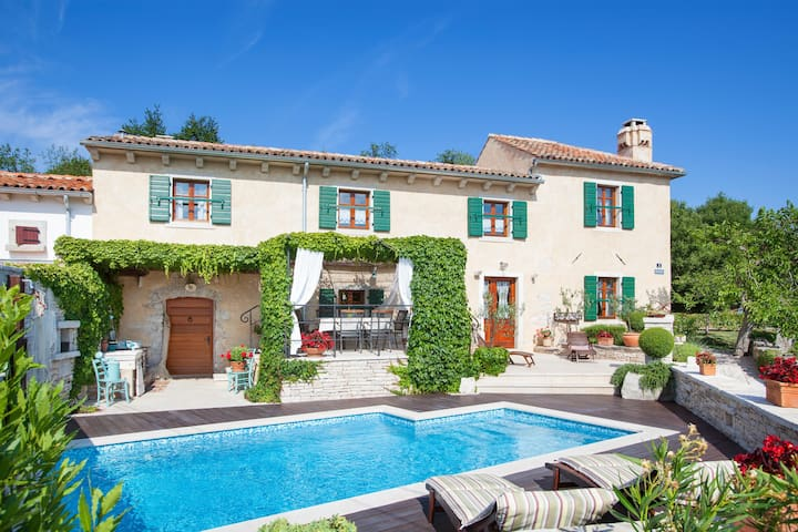 Villa Gelci