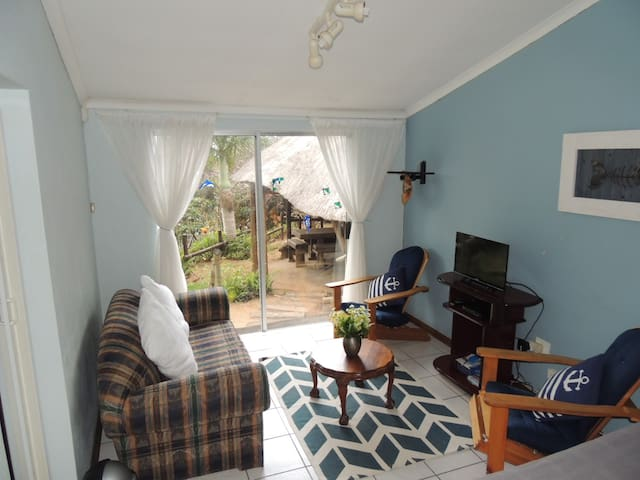 Sun, sea, tranquility, pet friendly cottage for 5