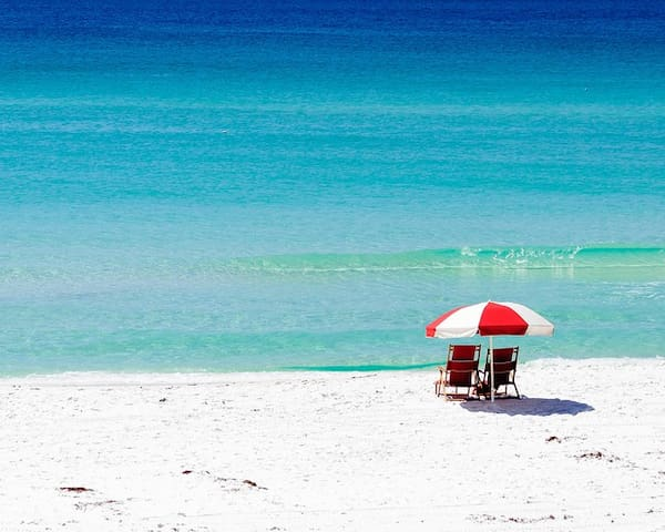 We provide you with beach chairs, beach towels, and umbrellas for your convenience :)