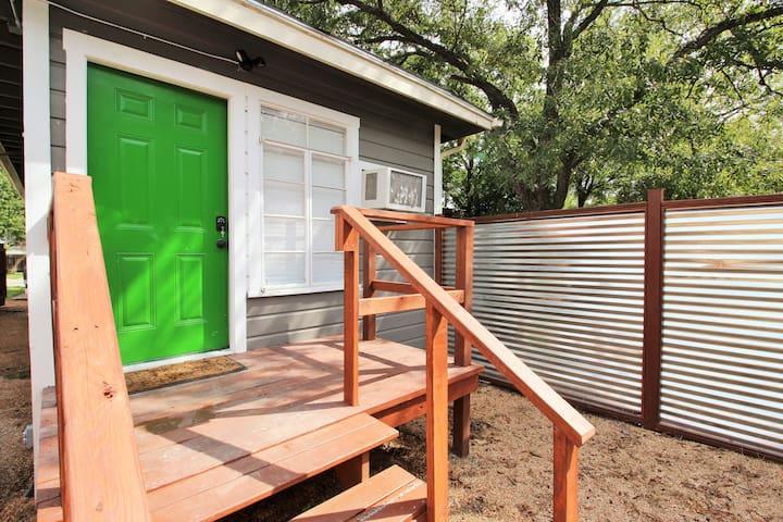 Private Entrance with Private mini-deck