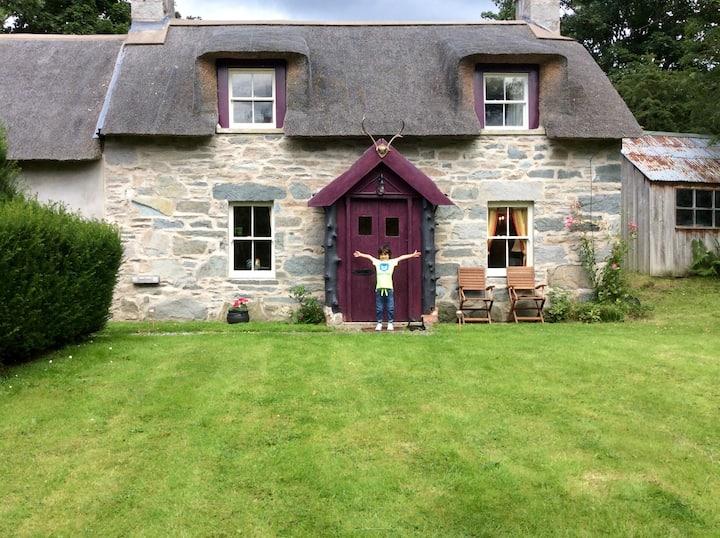 Unique cottage by Aberfeldy