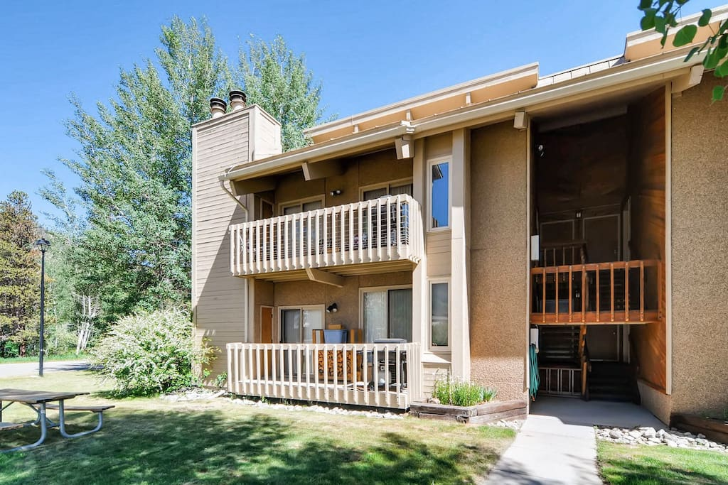 This condo commands a prime location, just 500' from Main Street.