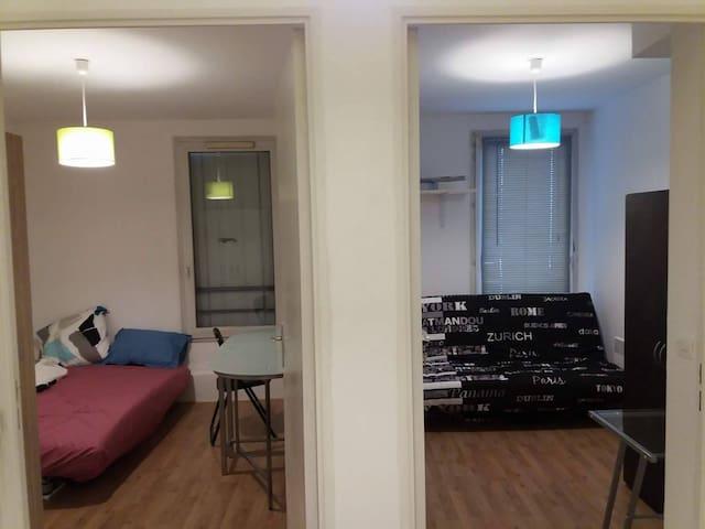 Very comfortable room at Savigny