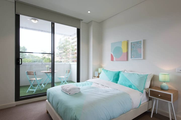 BRAND NEW APARTMENT - Homebush Residence - Homebush - Daire