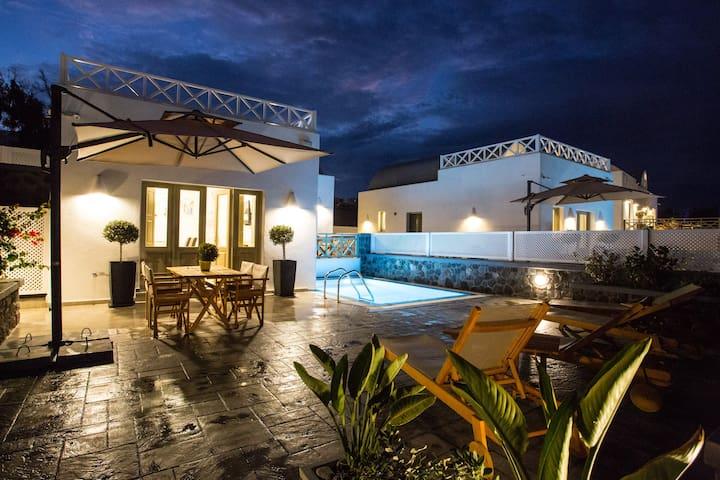 Honeymoon sea view villa with pool