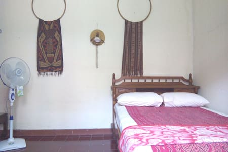Indonesian Style Local Room - Homestay in Serpong - Serpong Utara