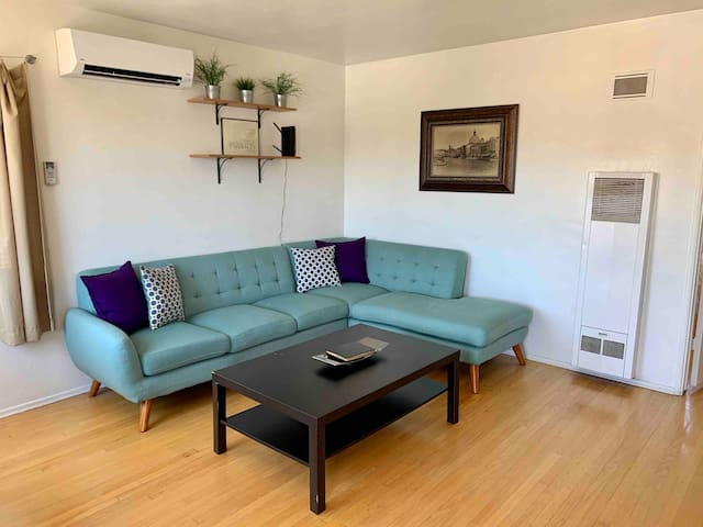 Sunny Stay in Cute North Park Apartment