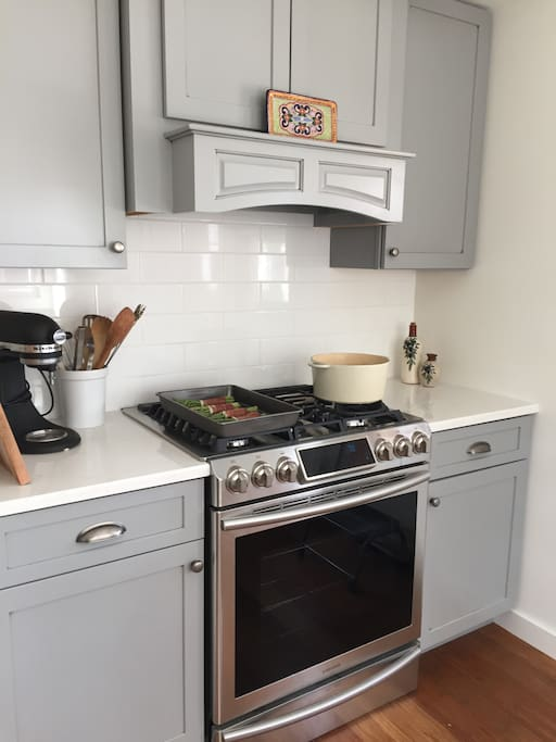 New and upscale appliances. What's better than a gas stove?
