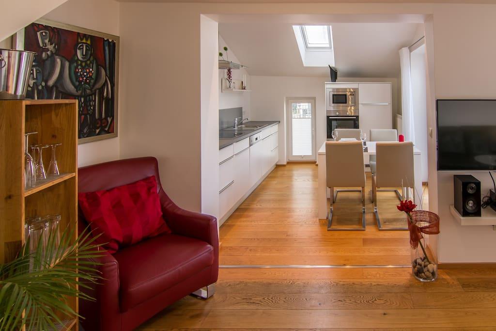 Ein(blick) in den offenen Küchen-/ Essbereich