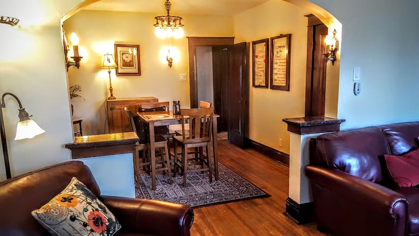 Work on your laptop or enjoy your dinner in our comfortable dining room
