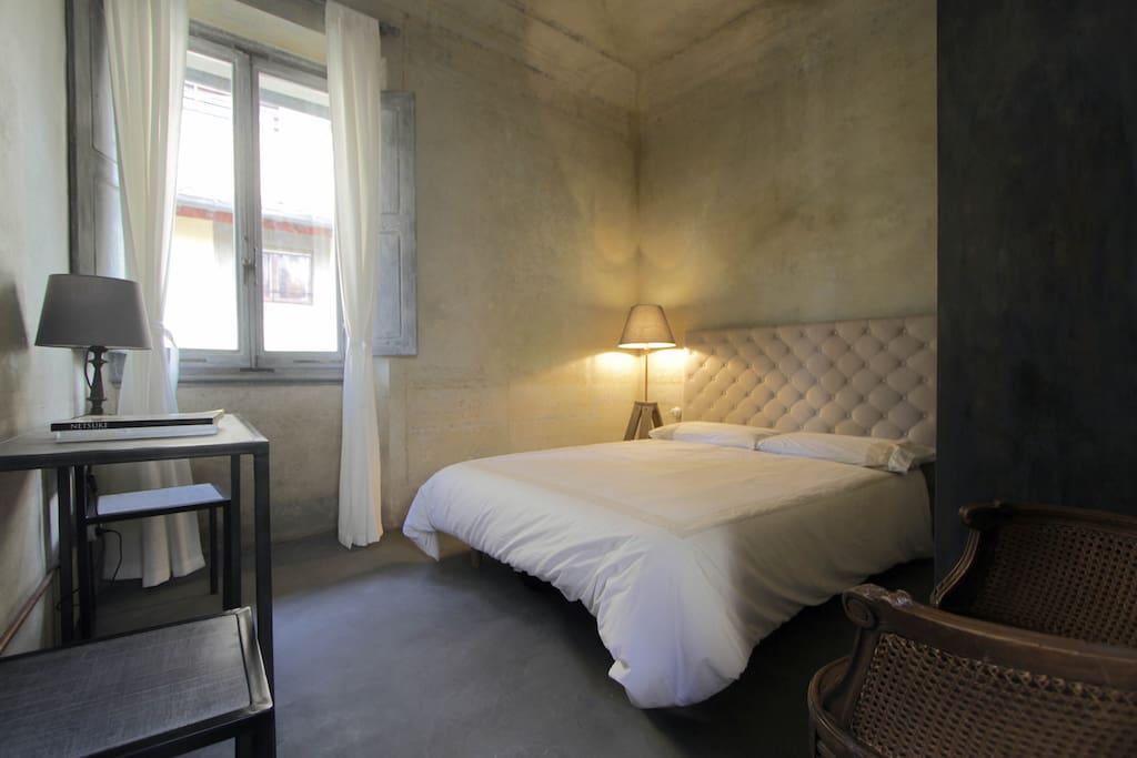 Camera matrimoniale letto 140x190