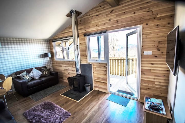 Ancarraig Lodges Self Catering Above Loch Ness #12