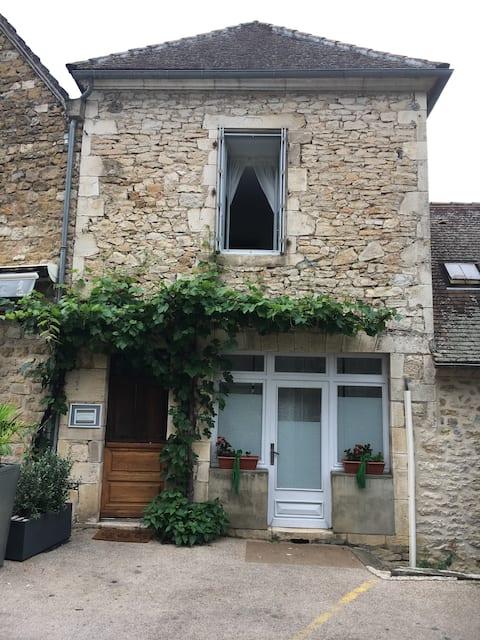 gite in medieval village L'Annexe