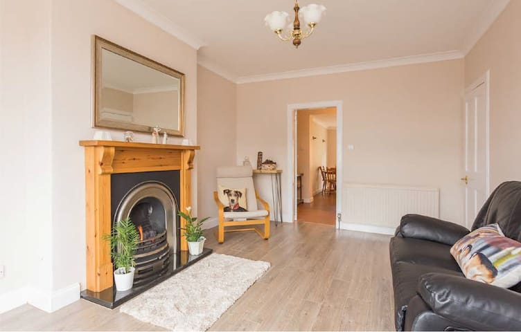 Entire Terraced House - Murrayfield