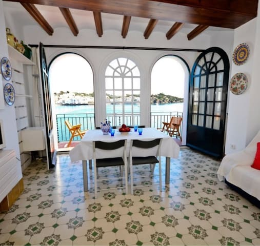 Cadaques Town Centre Seafront House,  sleeps 6-8 - Cadaqués - House