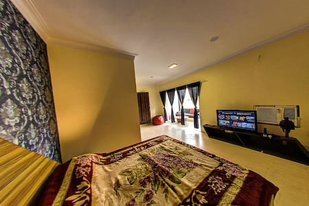 entire roof top apartment in delhi - New Delhi