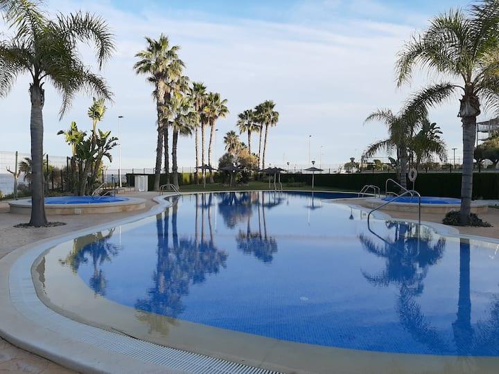Riomar apartamento cerca de la playa Mil palmeras.