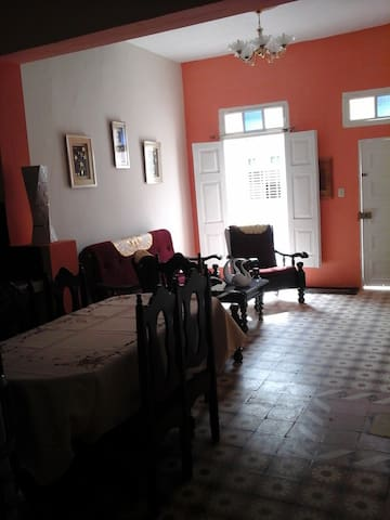 Toledo´s House,Independent house - Trinidad - Flat