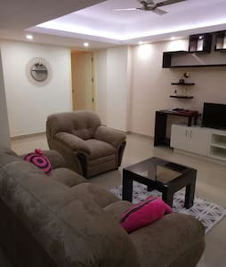 Ideal stay for family/small group near technopark