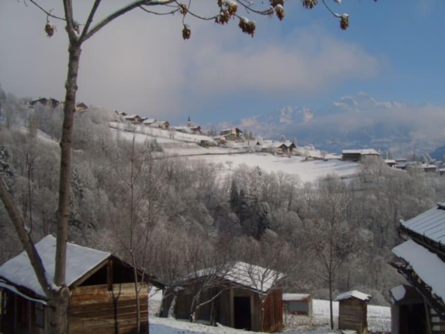 Vue du village de Valezan