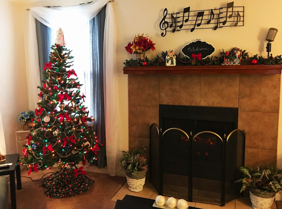 Cozy, Quiet, Opryland & Grand Ole Opry & Airport - Townhouses for ...