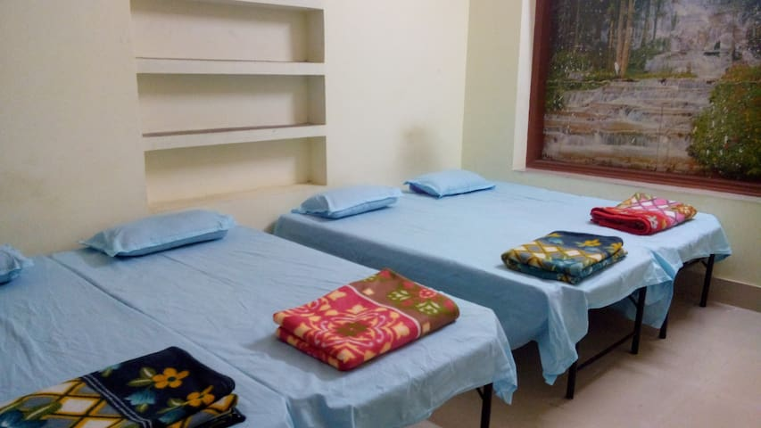 Three Bedrooms Fully Furnished Flat in Patliputra