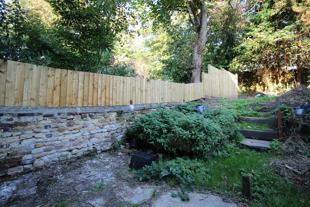 Lovely big garden, good for sitting, bbq's in the afternoon. We are currently working on it as an ongoing project.
