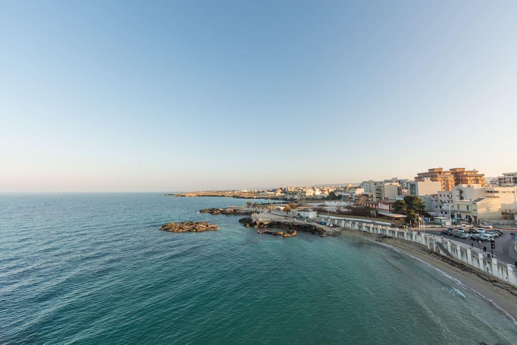 Vista dal Terrazzo a picco sul mare