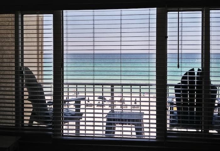 Beachfront Unit 410 - Winter Monthly Rates