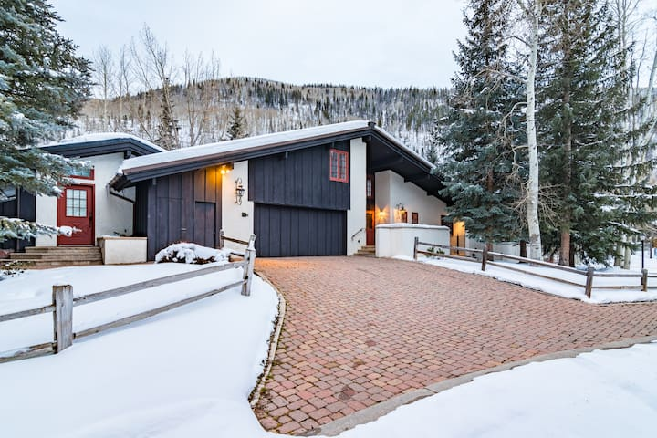 HUGE Vail Golf Course House