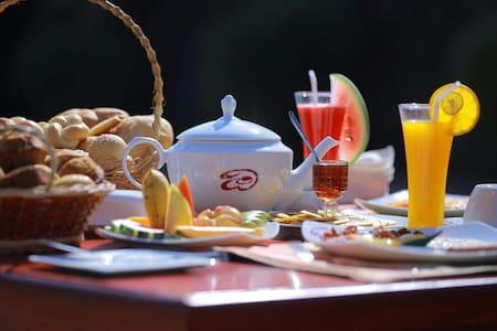 OwinRich Resort Udawalawe/Sinharaja - Ratnapura - Bed & Breakfast