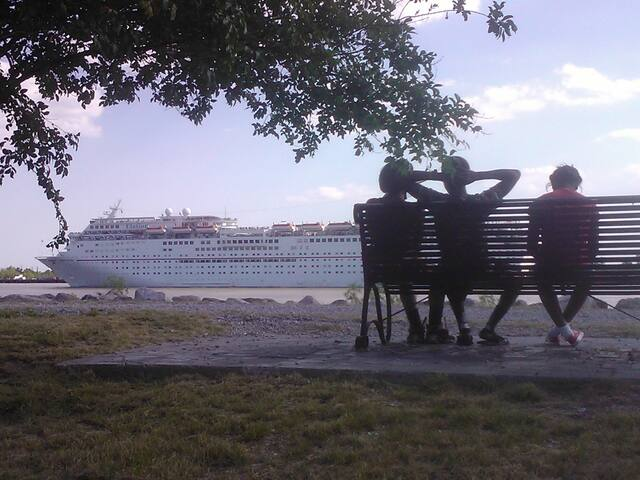 Mississippi River Lullaby - New Orleans - Daire