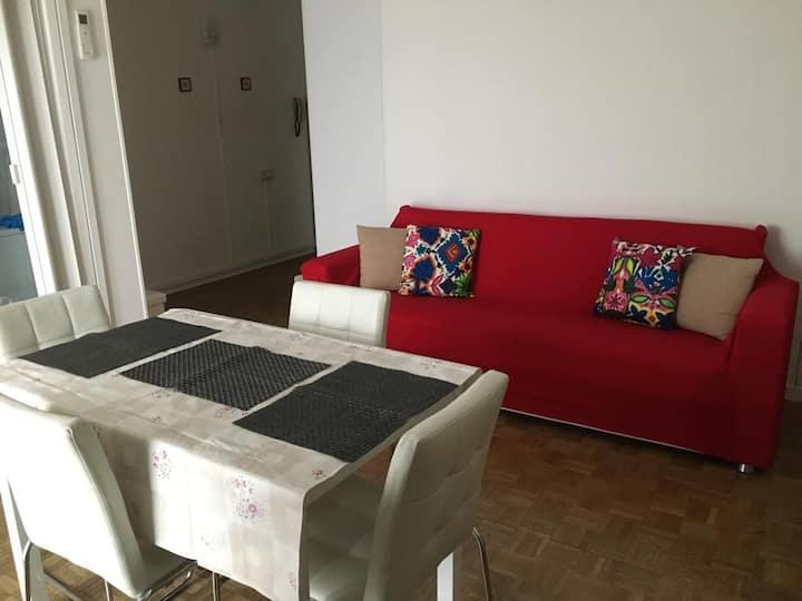 Red Venice Apartment 2