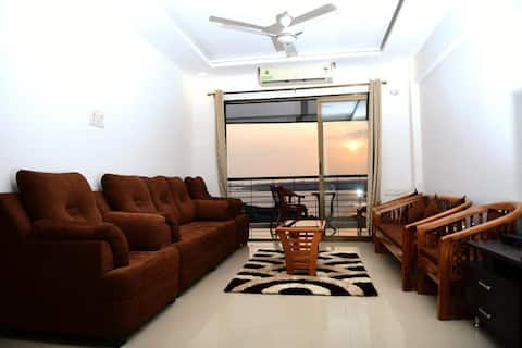 3BD Apartment with picturesque view