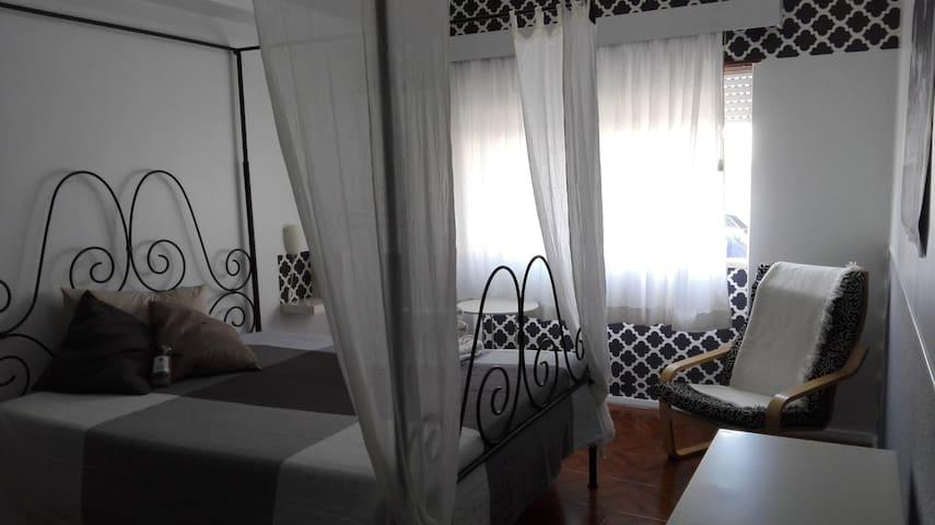Suite acolhedora - Caldas da Rainha - Guesthouse