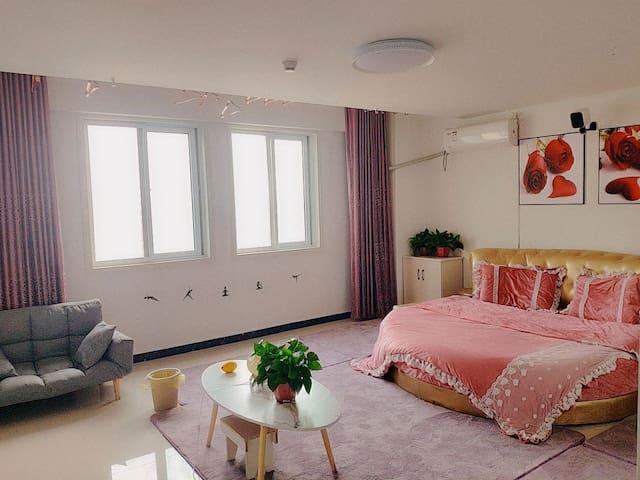 【心恬★紫鸢】周口师范附近投影大床房,欢迎入住