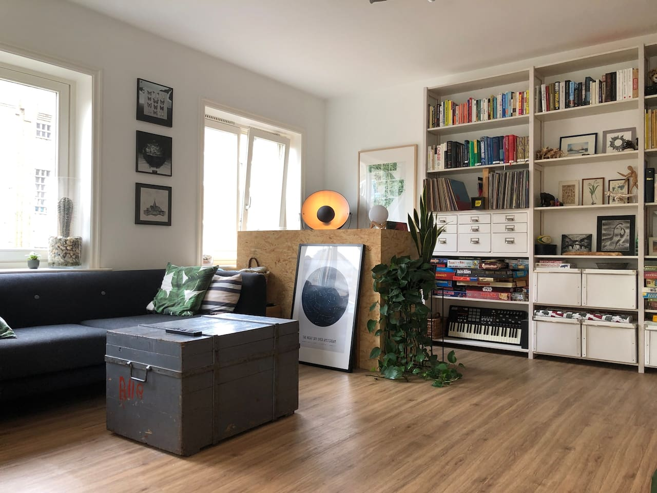 Enjoy a comfortable, stylish 'jungle' in the middle of the city =). We've lived here for 5+ years now so we've pretty much thought of everything!