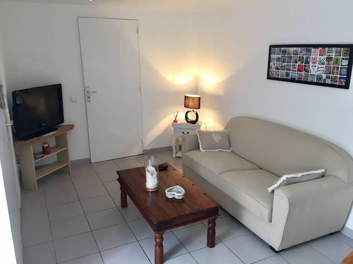 Appartement calme, plein pied avec terrasse
