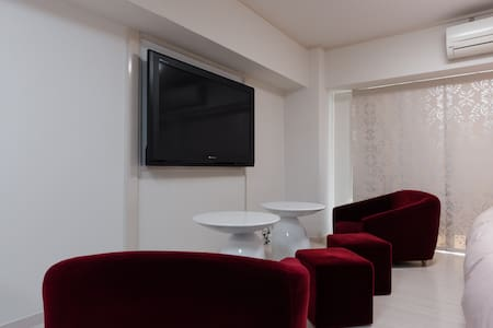 "Shibuya Sta 350m, 2DBL beds & speak cleaner, 50""TV - Shibuya-ku - Квартира"