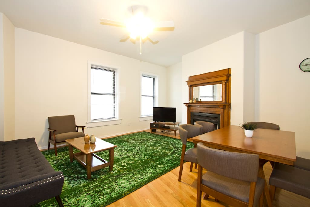 Lovely 4br Wrigleyville By Sonder Apartments For Rent In Chicago Illinois United States
