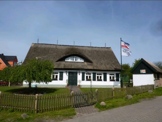Vogelhus Garz