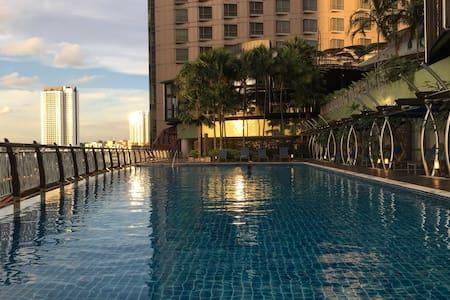 Midvalley-KL/Sentral Gardens Residence w Balcony - Kuala Lumpur