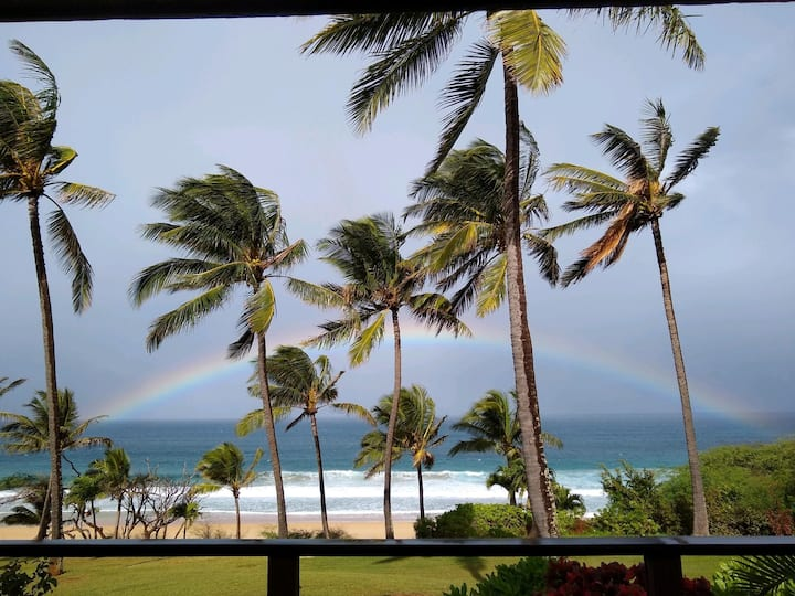 ManahaleEstate-Molokai's most exclusive beachfront