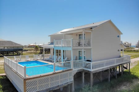 Easy Breezy - Bayfront Home with Private Pool and your own Sandy Beach!