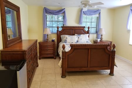 Spacious, 1BR, Guest Suite with golf course view