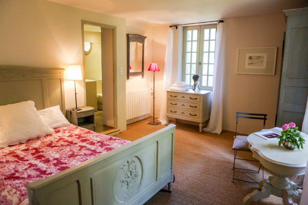 The Grenache bedroom