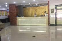 Taihe Hotel three star&English speak guide service