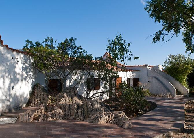 Villa Isa in Monte Altura area - Palau - House